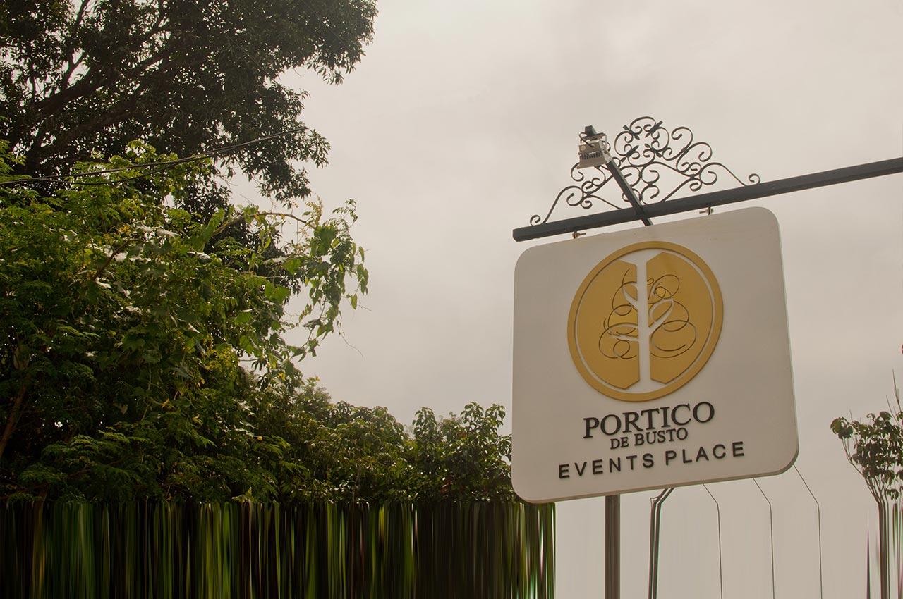 Portico de Busto reach us banner